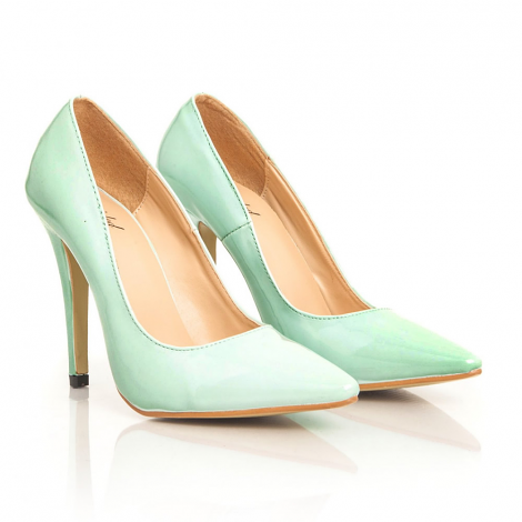 Tonia Leather Court Heels In Mint